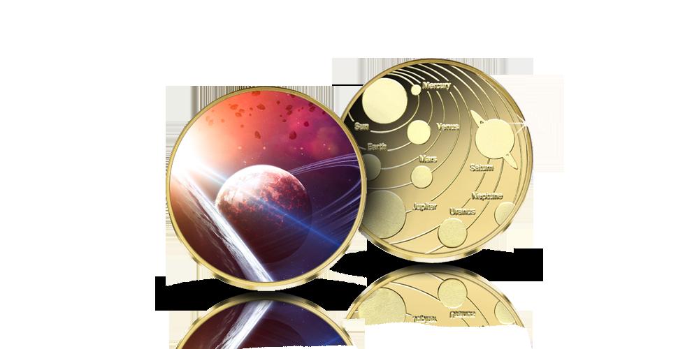Värillinen tilaajalahja mitali, johon on ikuistettu kaikki planeetat