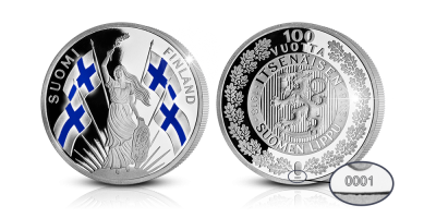 värjätty ja numeroitu Suomen lippu 100 vuotta -hopeamitali
